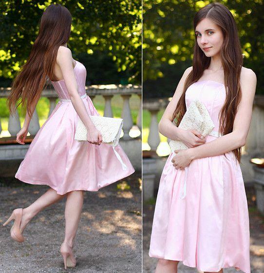 Ariadna M. - Pink Knee Lenght Dress, Asos Nude Heels