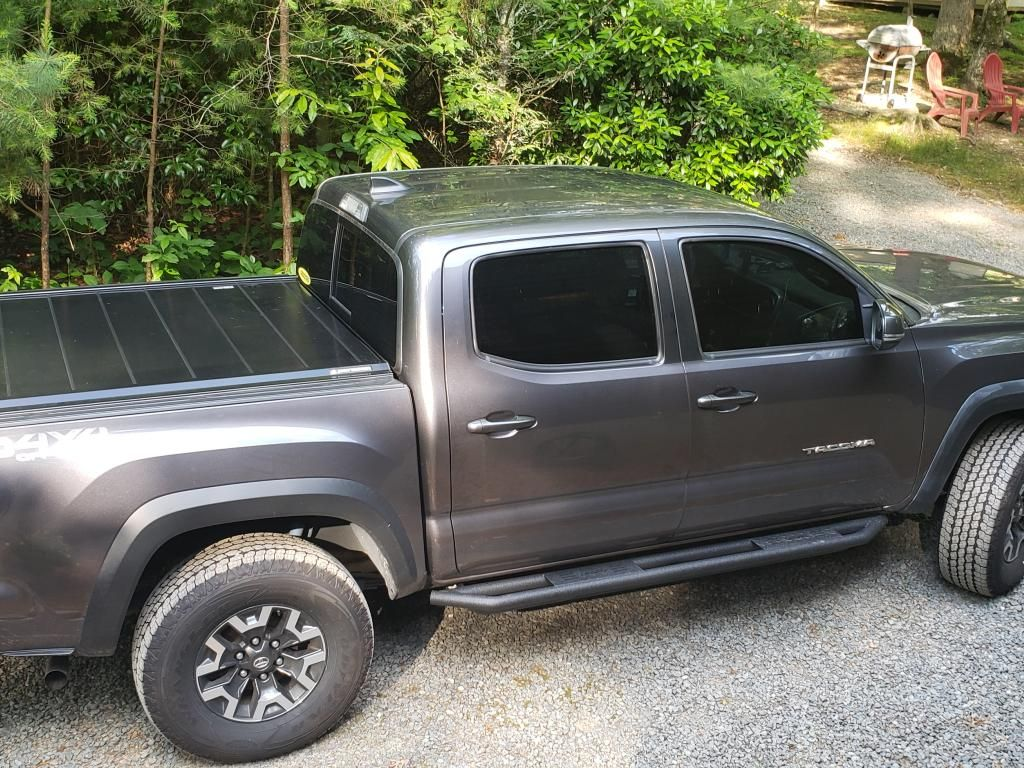 2013 Toyota Tacoma Bed Tonneau Cover For Your Truck Peragon Toyota Tacoma Tonneau Cover Toyota Tacoma Bed Cover