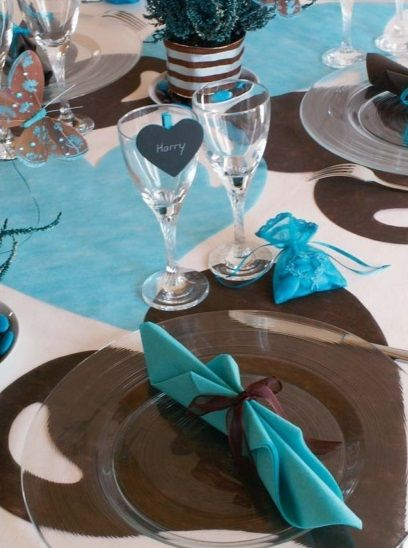 d co de mariage bleu turquoise marron chocolat deco id e. Black Bedroom Furniture Sets. Home Design Ideas