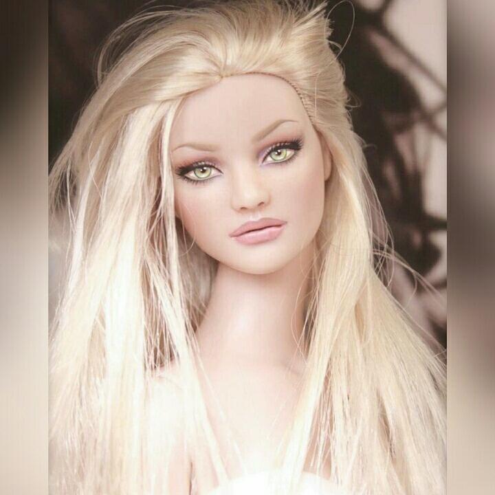 chimney bells: Free Beautiful Barbie Doll HD Wallpaper