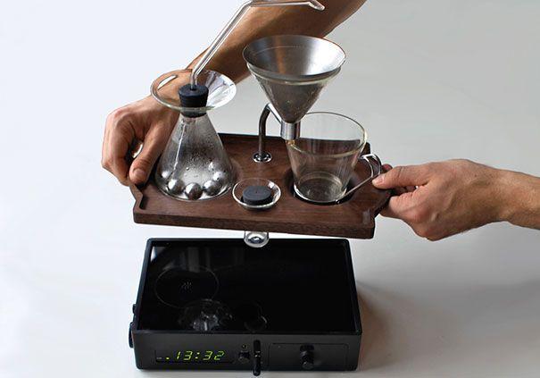 barisieur-alarm-clock-coffee-maker-joshua-renouf-1