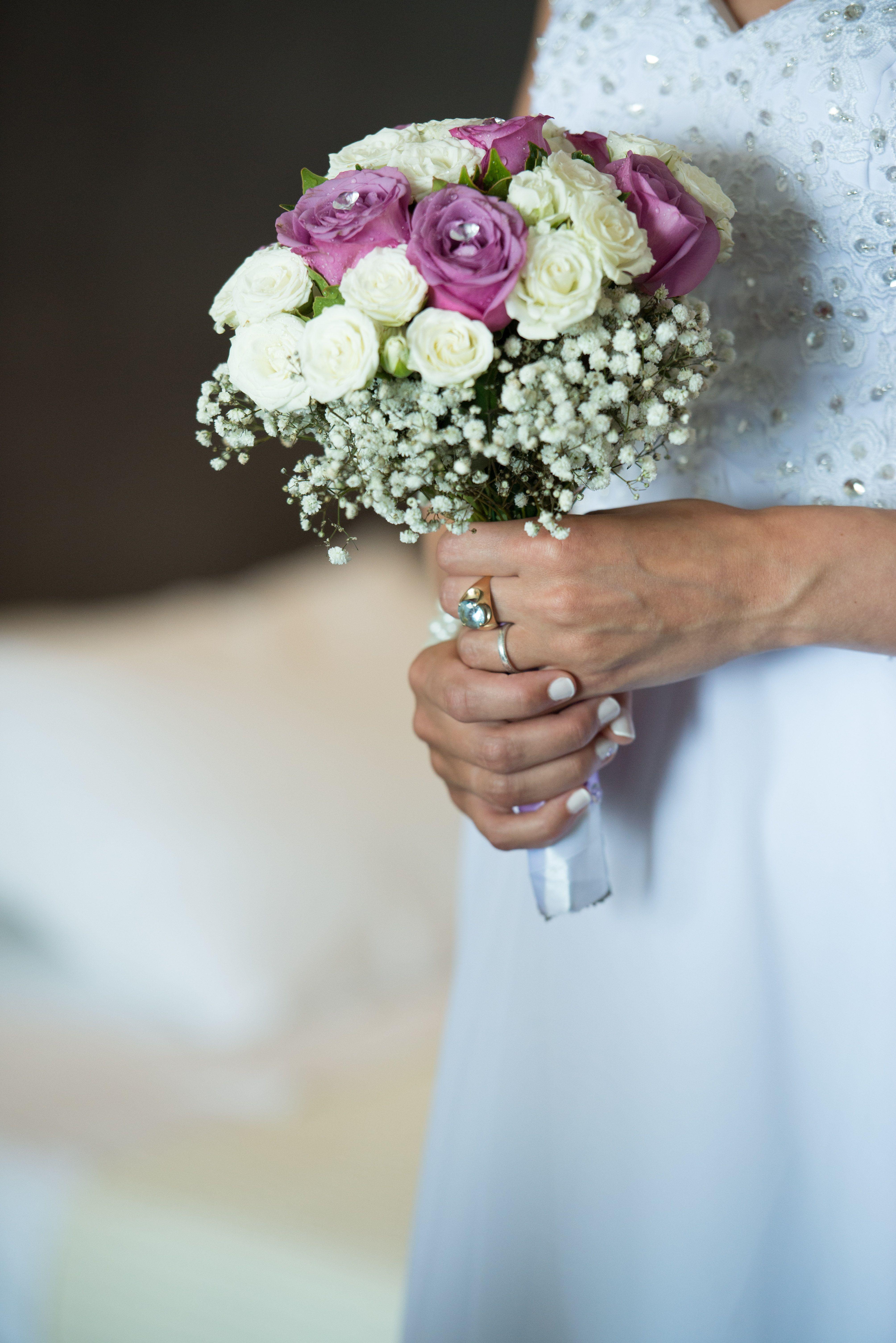 Bridal bouquets. Destination weddings, experienced wedding planners. Odyssey weddings: we plan your dream wedding!