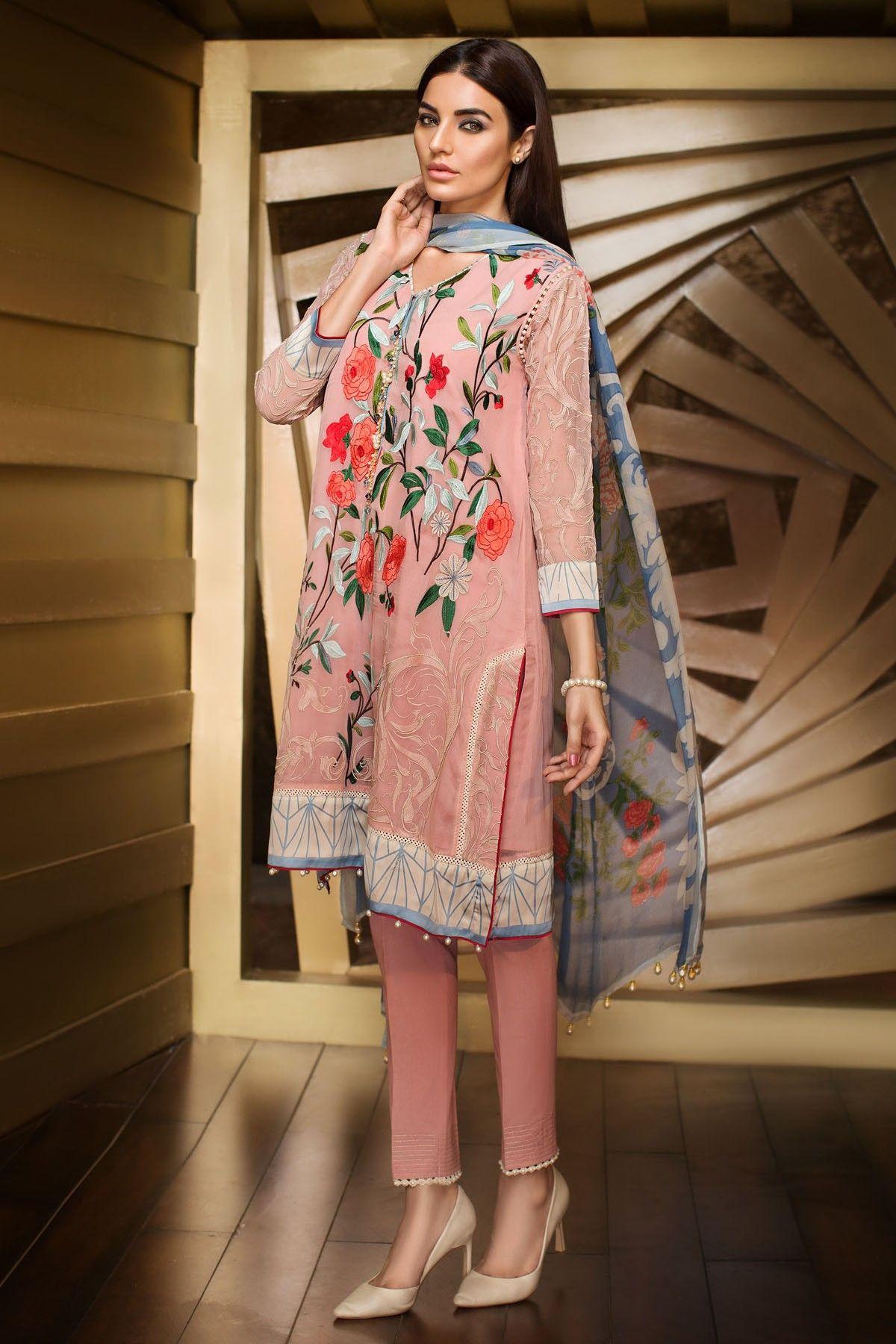 Pakistani casual wear by Khaadi. Model: Sadia Khan | Pakistani ...