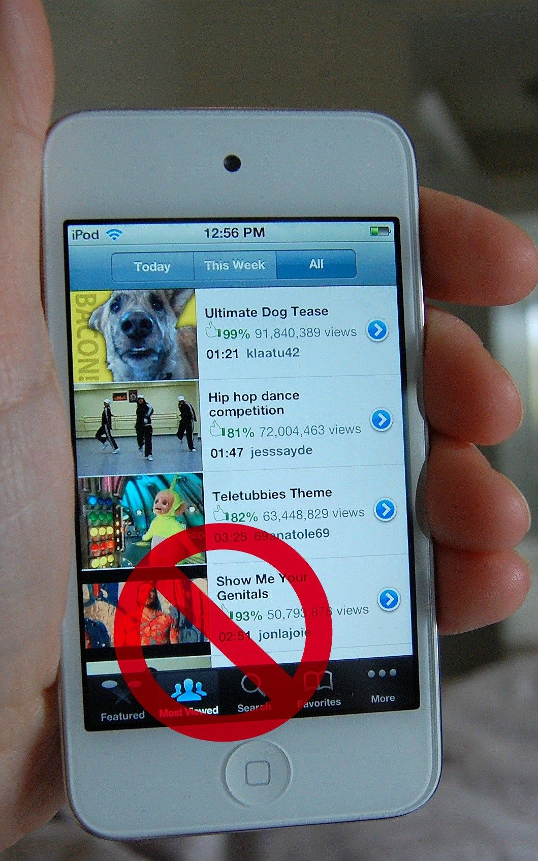 The ipod Touch Is your child's safe? {How to set