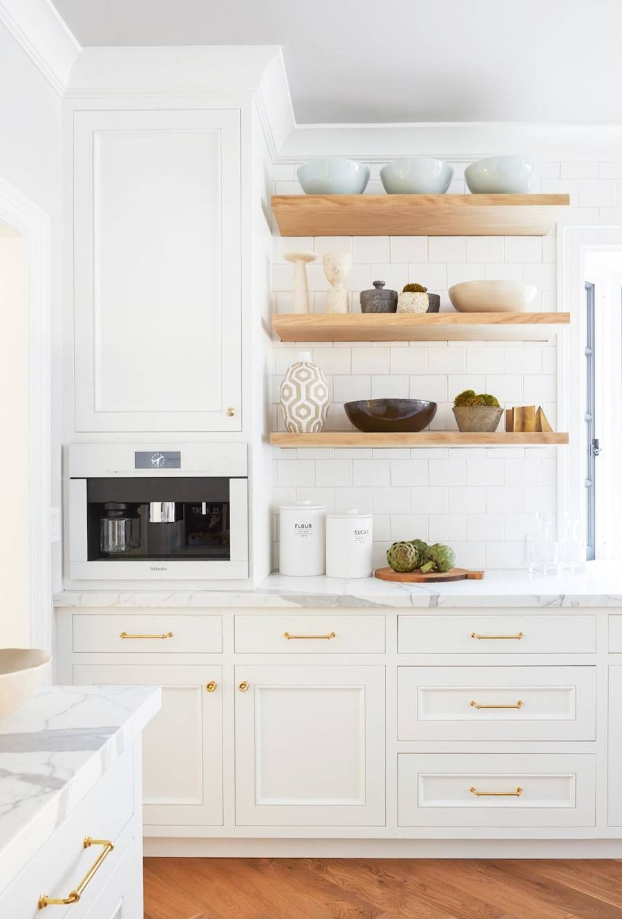 Kitchen And Bathroom Cabinet Refacing Is A Lower Cost And In The Distance Greener Alternative To Pul White Kitchen Design Kitchen Cabinet Design Tuscan Kitchen