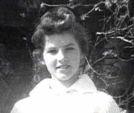 Around Age 12 Or 13 Priscilla Presley Elvis Elvis Presley