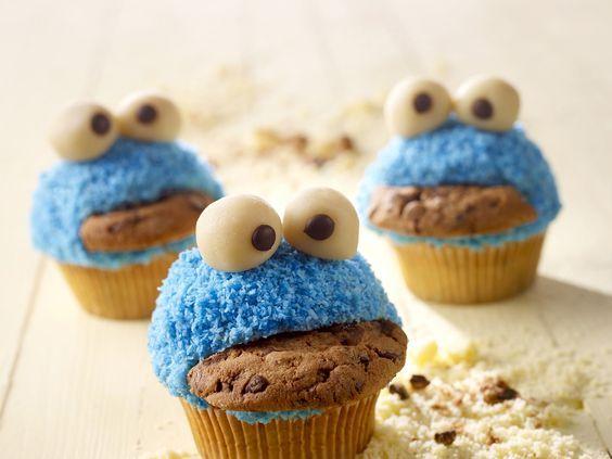 Lustige monster muffins rezept monster muffins monster und muffins - Muffins dekorieren ...