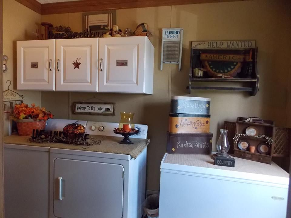 Primitive Country Manufactured Home Decorating Ideas Manufactured Home Decorating Living Room Decor Country Primitive Laundry Rooms #small #mobile #home #living #room #ideas