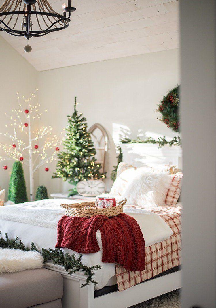 Laissez Nous Apporter Une Touche Magique à Votre Coin Nuit Grâce à Quelques  Bonnes Idées De Décoration De #Noël Pour Chambre Que ...