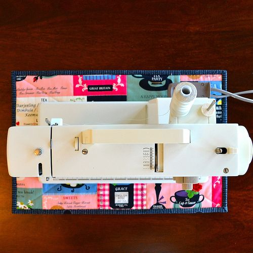 NonSlip Sewing Machine Mat Tutorial By AdrianneNZ Via Flickr Delectable Sewing Machine Mat Tutorial