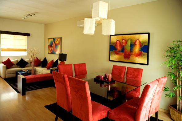 Pin de ady ady en sala de estar home decor inspiration for Como decorar sala y comedor juntos