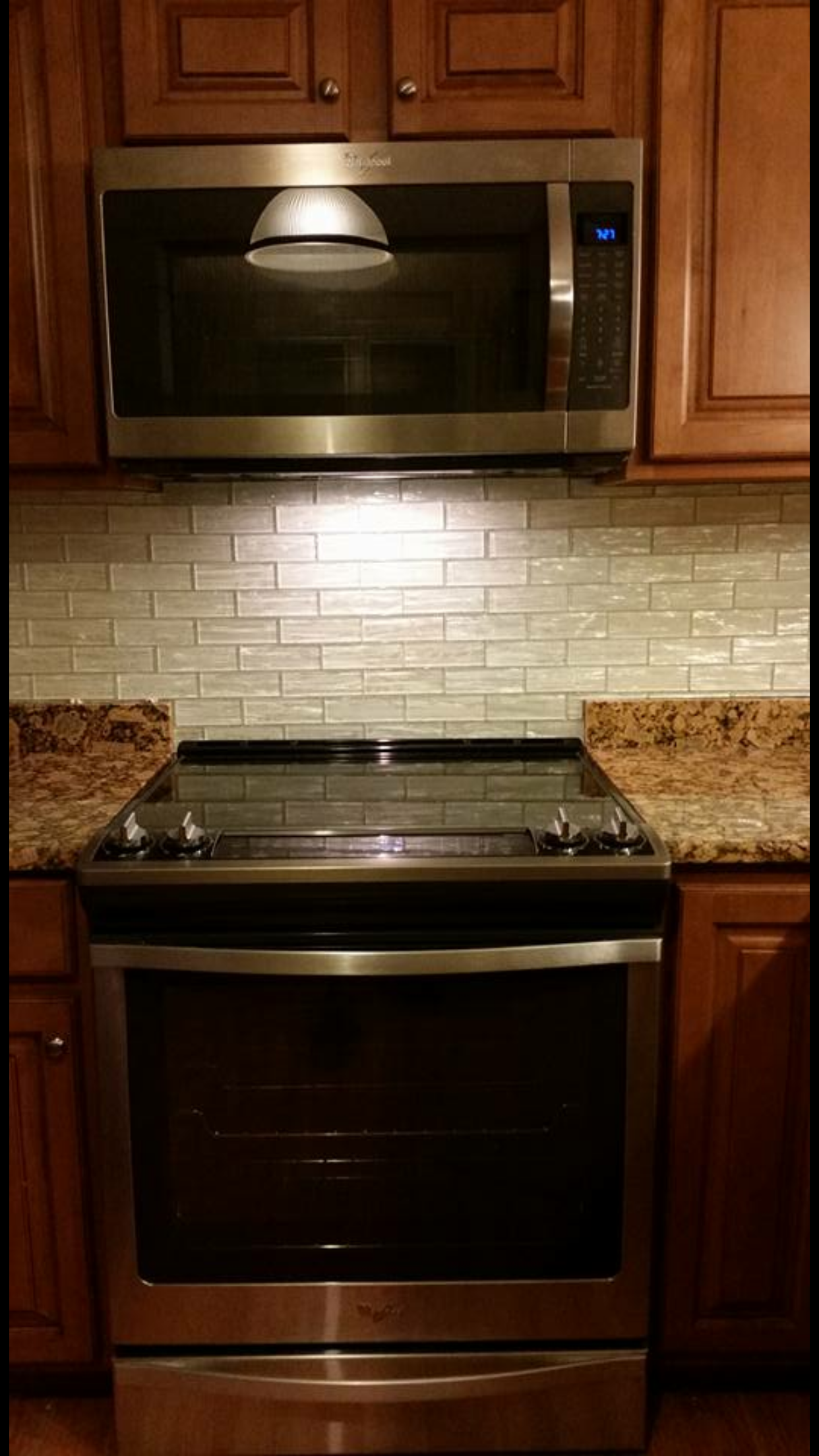 - Kitchen, Slide In Range, Mosaic Tile, Stainless Steel, Granite