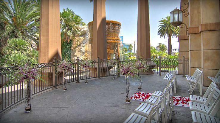 Las vegas wedding venues mandalay bay wedding for Best wedding venues in las vegas