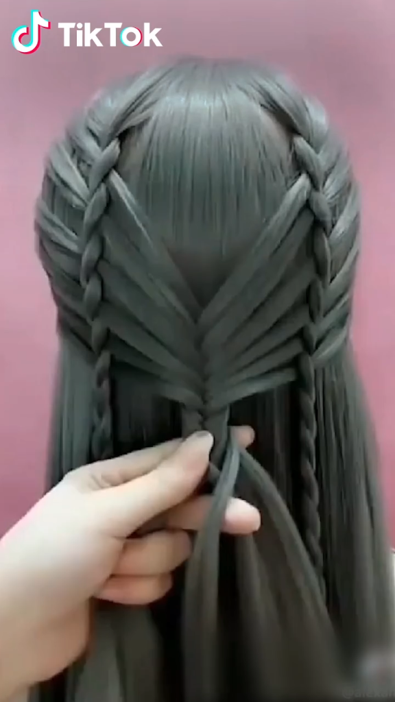Super Easy To Try A New Hairstyle Download Tiktok Today To Find More Hairstyle Videos Also You Can Post Videos To Show Your U In 2020 Hair Styles Hair Videos Hair