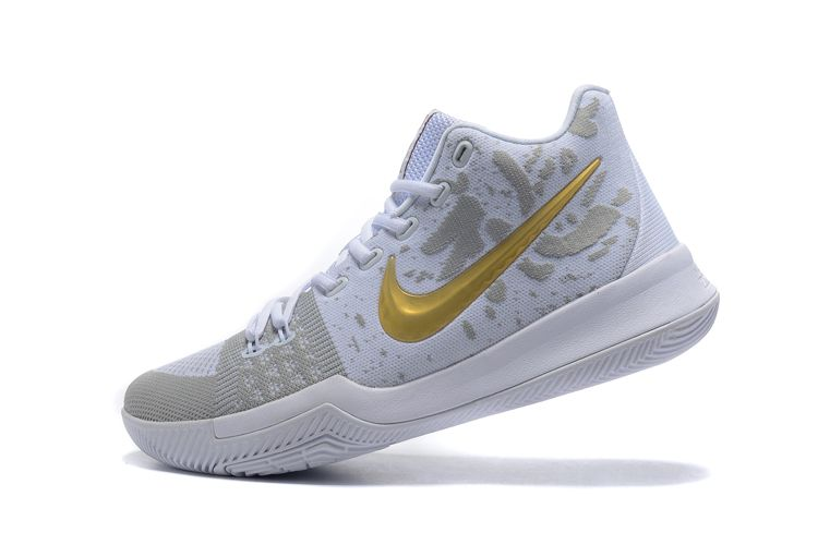 the best attitude 80b95 1e733 NIKE KYRIE 3 GOLD GREY WHITE BASKETBALL SNEAKER 852417 001
