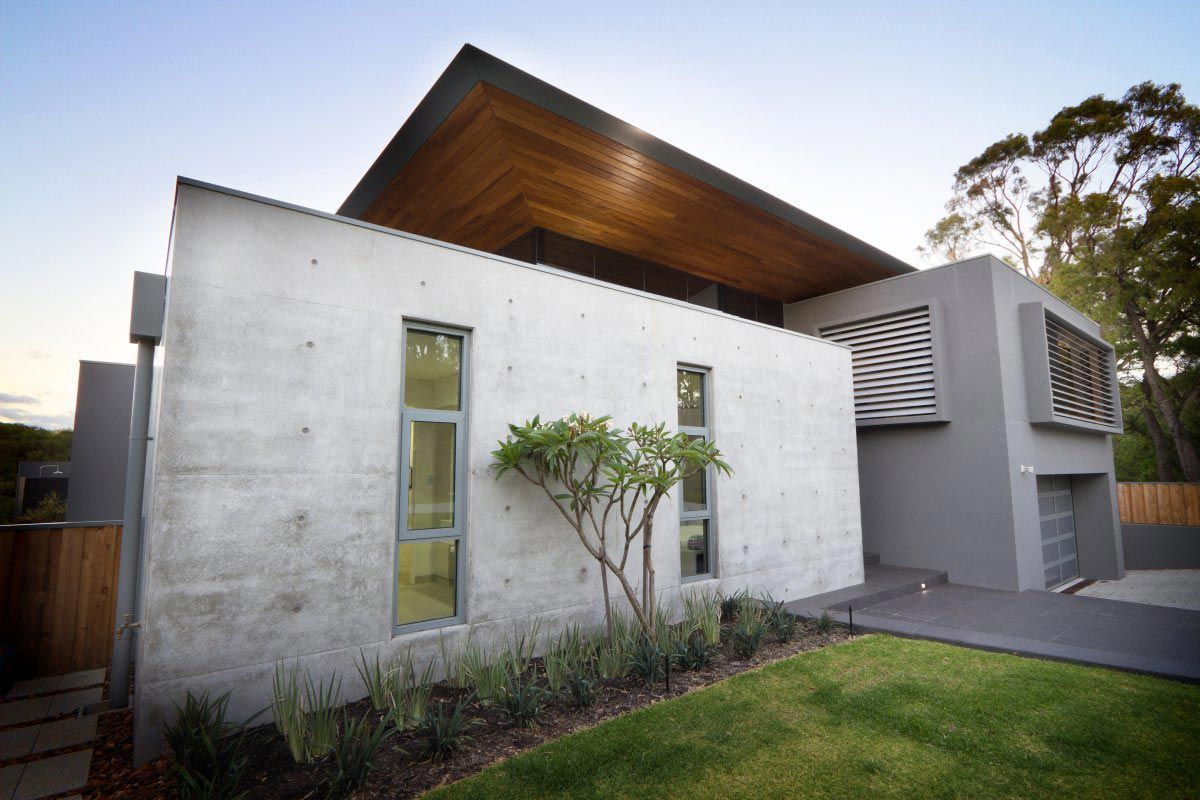 Exposed concrete walls the 24 house in dunsborough for Concrete home design ideas