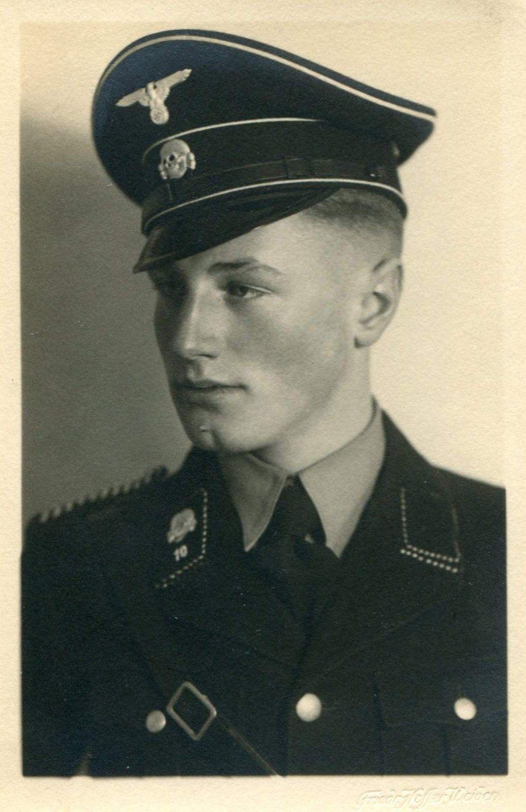 Young SS Mann by TheMistRunsRe...