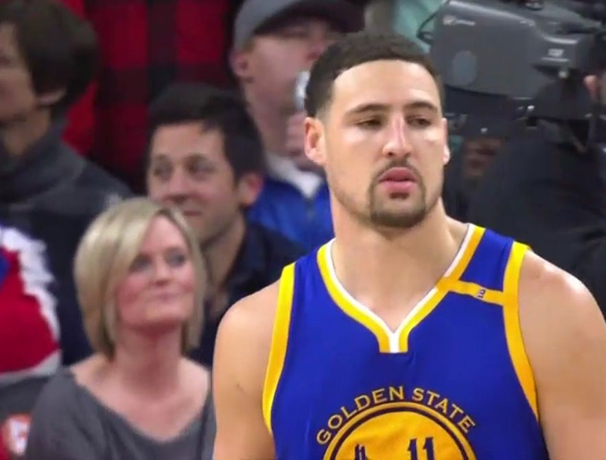 DETROIT - Dec 23, 2016 Warriors defeated the Pistons 119-113 Friday. Kevin Durant scored 32 pts, 8 rebounds and 3 assists. Stephen Curry added 25, 8 assists, Draymond Green collected his 10th double-double with 10 rebounds and 12 assists and Klay Thompson opened the scoring with a three-pointer 45 seconds into the contest, and added another at the 10:03 mark of the first quarter.