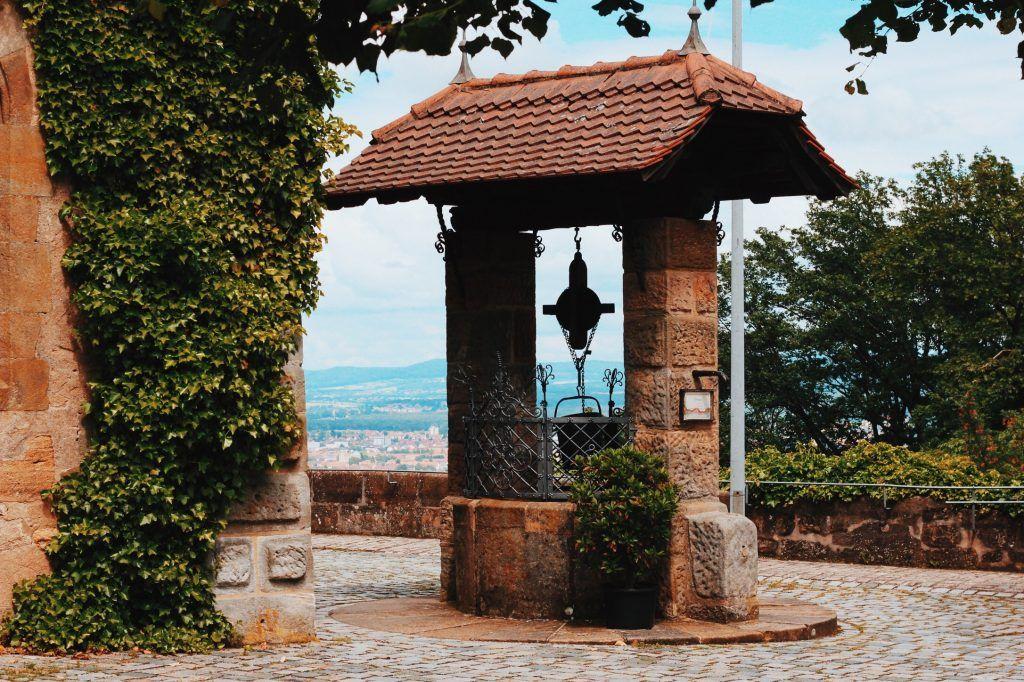 Poço do Castelo de Altenburg em Bamberg, na Alemanha