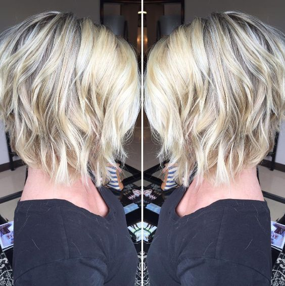 Short Inverted Bob Hairstyles For Fine Hair Wavy Bob Hairstyles Thick Hair Styles Hair Styles
