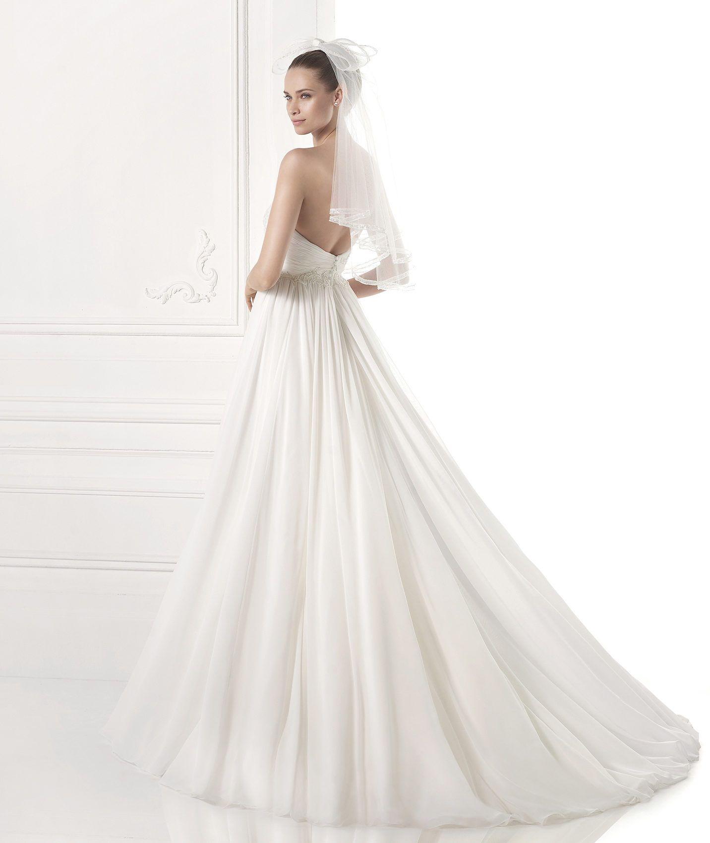 Wedding Dress With A Gathered Skirt. Collction