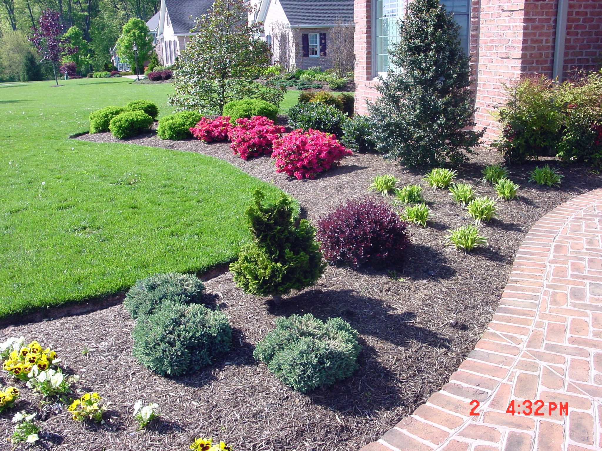 landscaping with mulch bulk mulch bulk landscape materials