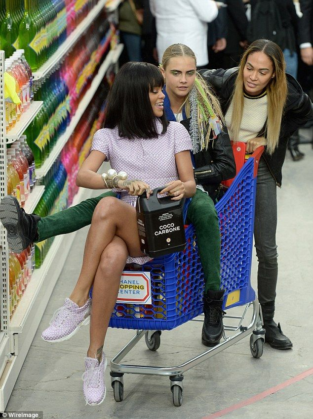 82262e14238a3 Cara Delevingne and Rihanna get trolley-d at Chanel PFW show ...