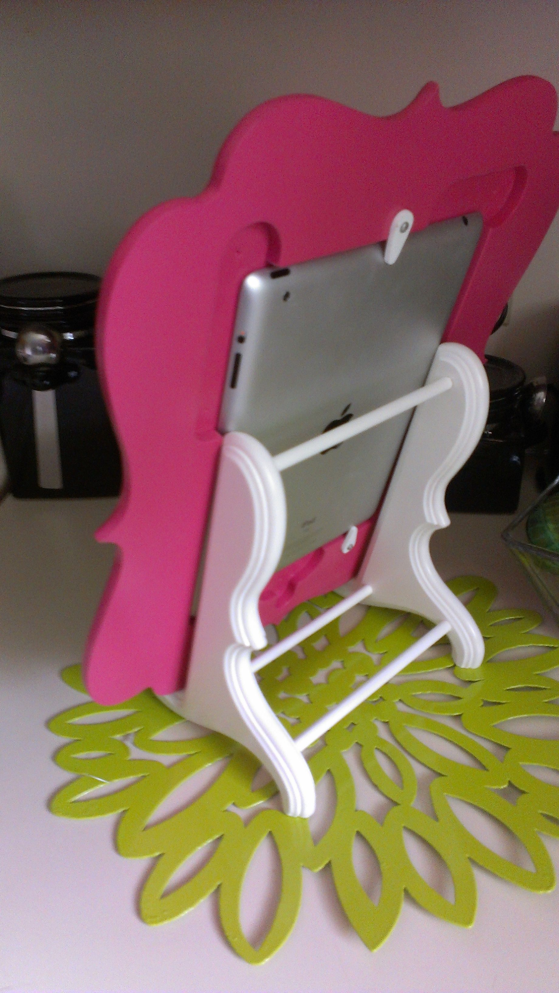 Ipad frame with easel frame display frame quality paint