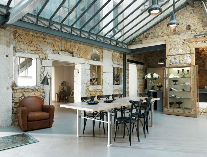 Revestimiento de paredes comedor grande con techo - Revestimientos para techos interiores ...