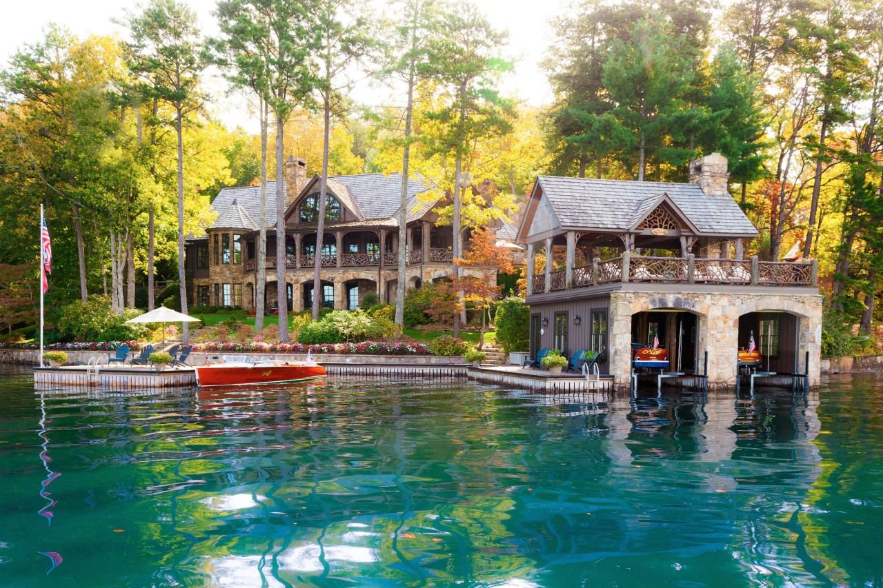 Ultimate house hunt 2015 see the winners hgtv and for Lake house builders