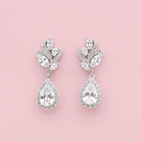 Wedding Earrings Crystal Bridal Jewelry Clear by poetryjewelry