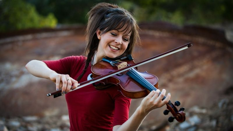 my favorite Violinist (With images) Lindsey stirling