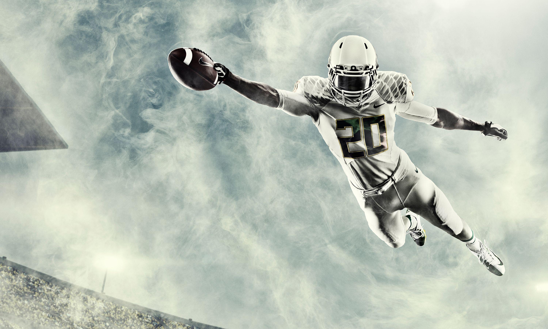 College Football Wallpaper Hd Wallpapersafari Football Wallpaper Oregon Ducks Football Oregon Ducks Uniforms