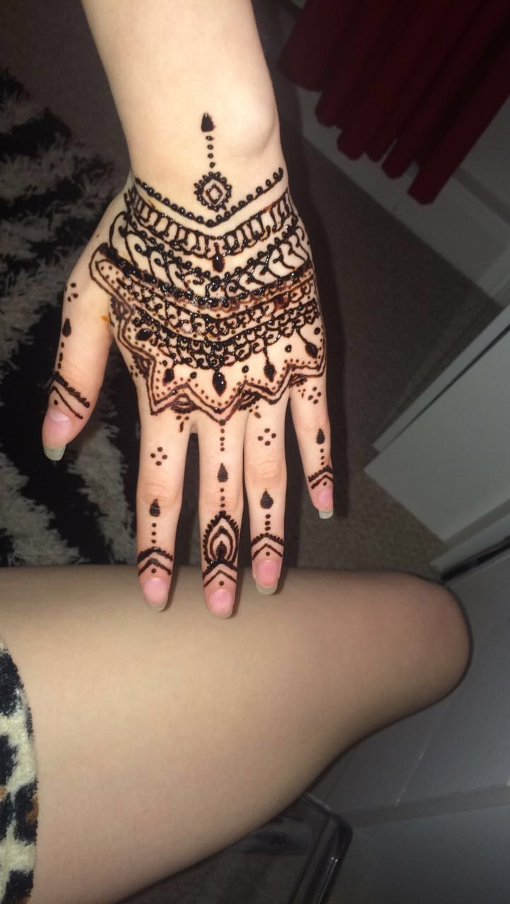 Messed this one up but never mind xd henna pinterest