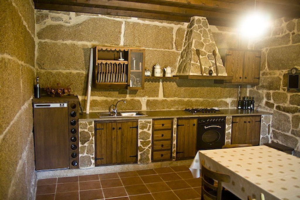 Cocinas r sticas cerca amb google cuines r stiques for Decoraciones rusticas para el hogar