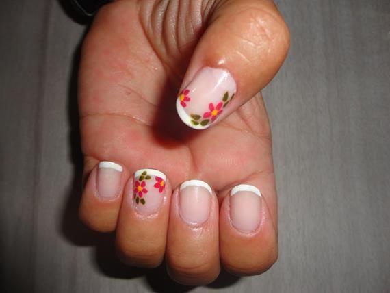 Unhas Francesinhas com Flor - 4