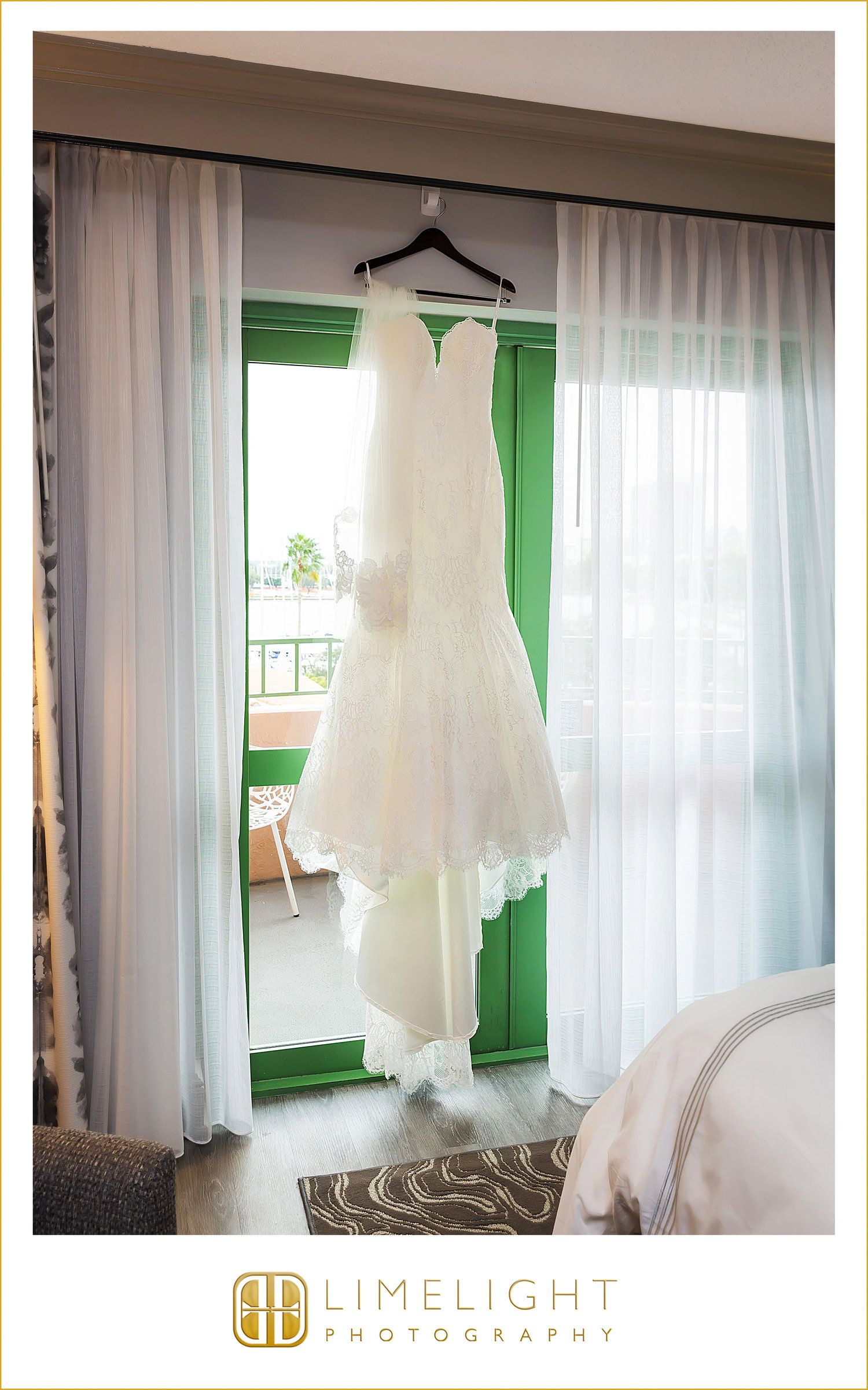 The vinoy renaissance st petersburg st pete bride details wedding dress limelight photography www stepintothelimelight com