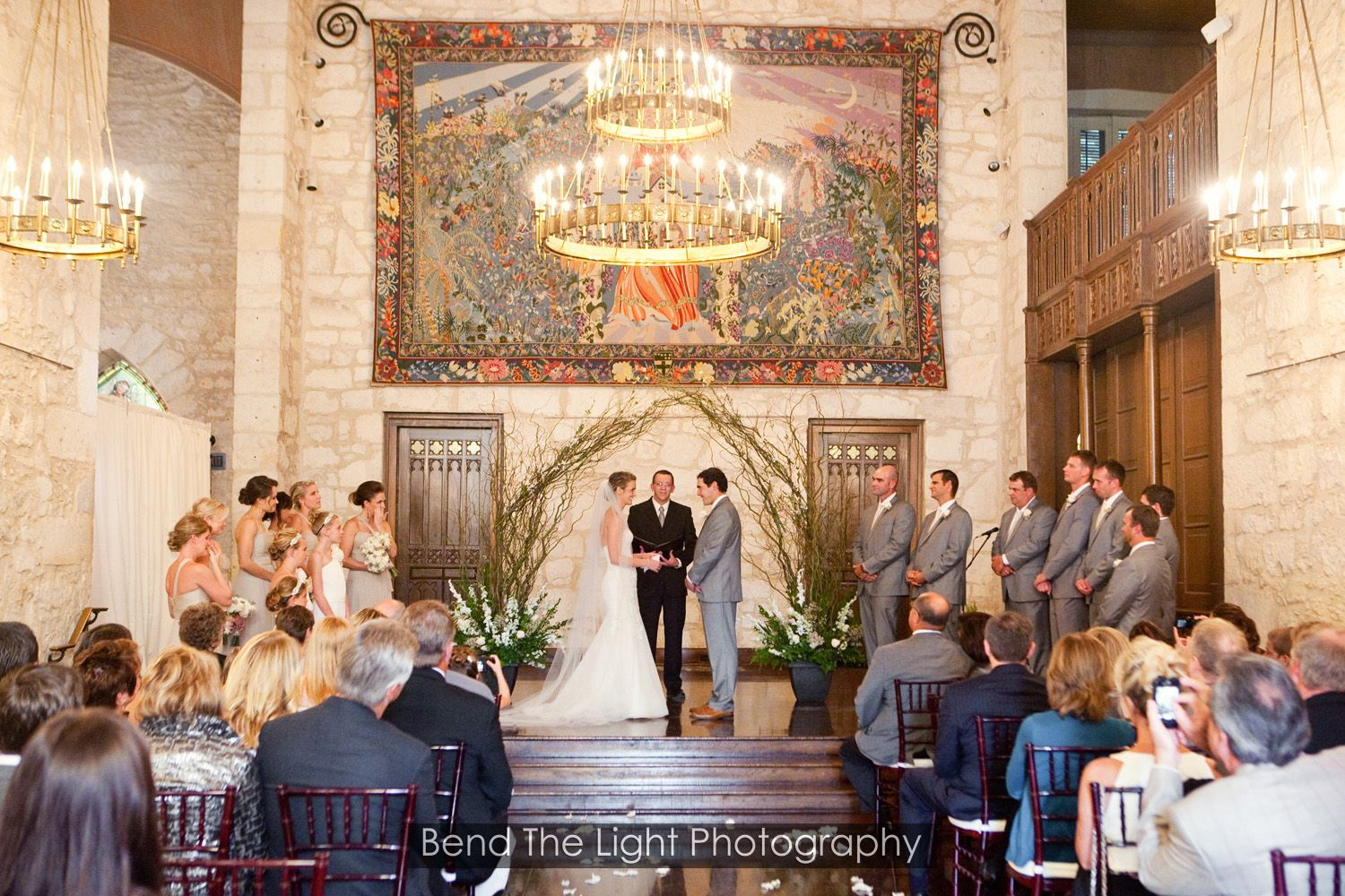 Elegant Ceremony In The Coates Chapel At The Southwest School Of Art Catering By An Event To Rem Southwest School Of Art San Antonio Wedding Venues Art School