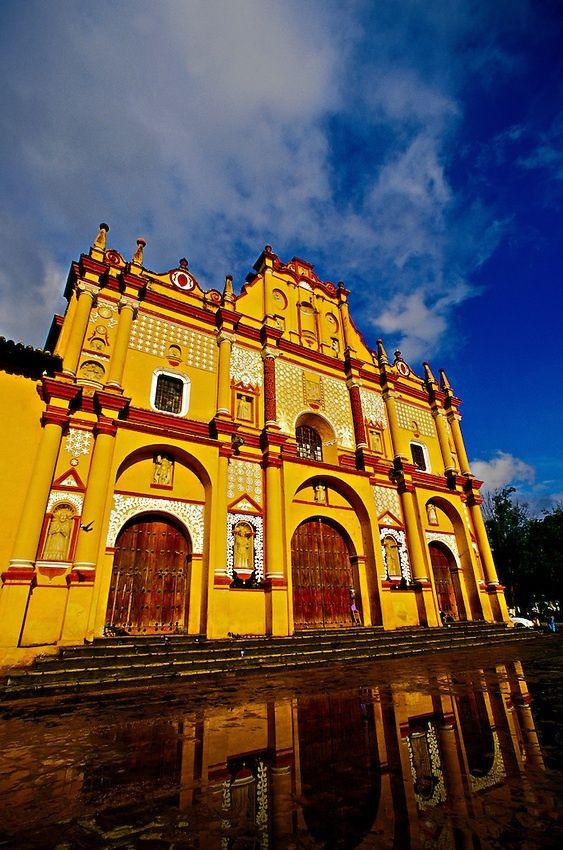 Cathedral, San Cristobal de las Casas. Chiapas, Mexico en