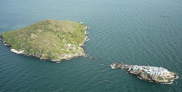 Migingo Island Right And Usingo Island Left Uninhabited In - Us map minus uninhabited
