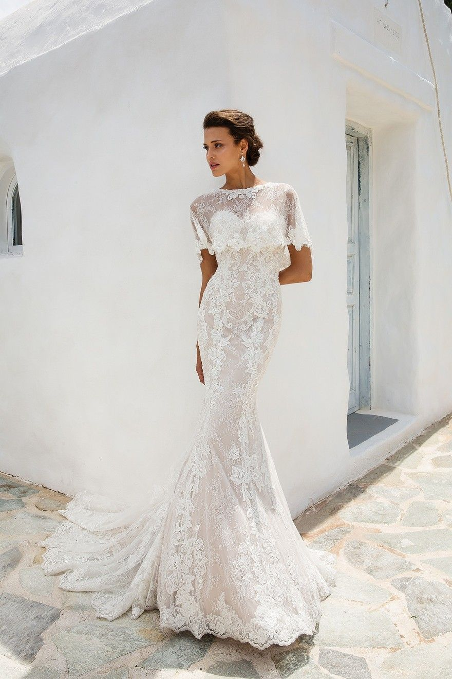 Classic and Contemporary Bridal Gowns for Stylish Weddings Abroad ...