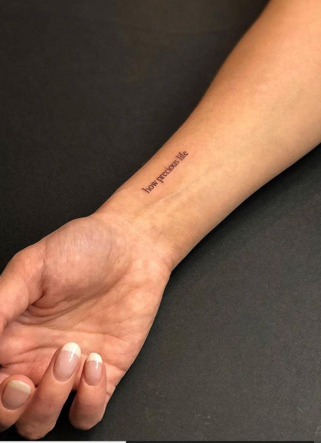 62 Cute And Tiny Tattoo With Meaning For Woman This Summer - We Love Pinterest