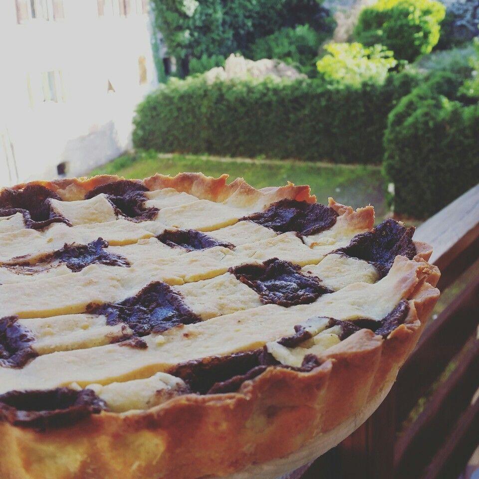 Crostata e cajita from woolstreets_di_lana_e_canditi on Instagram or Facebook