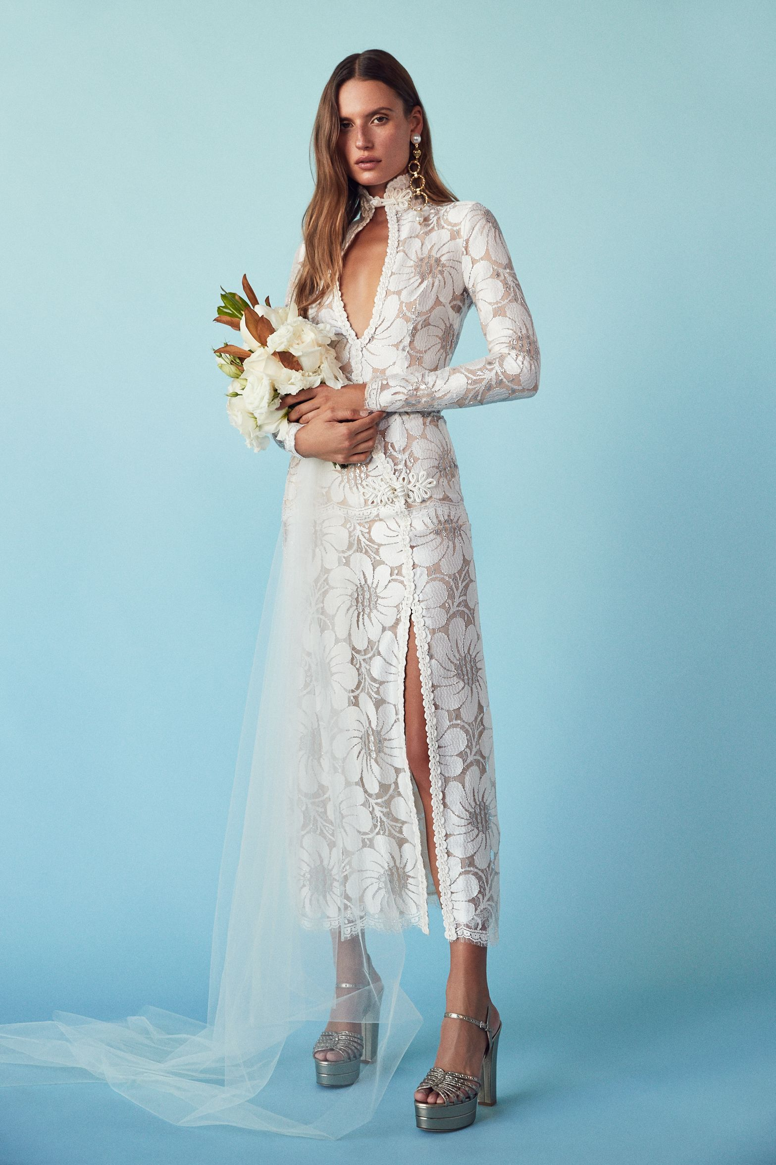 There\'s a New Shopping Spot For Non-Basic Brides | Wedding dress ...