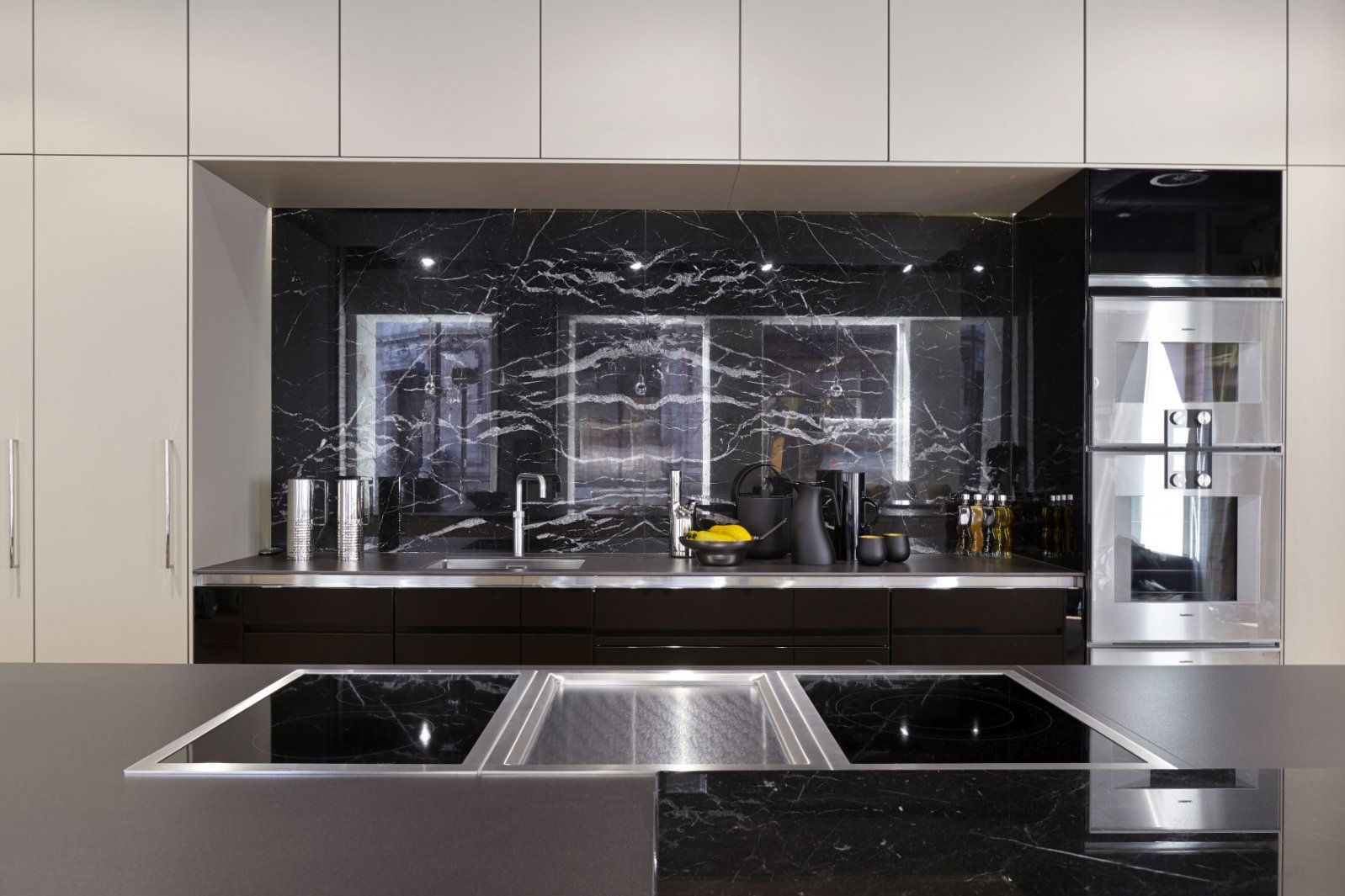 Siematic Kitchens in London, UK | Nicholas Anthony | Cocinas | Pinterest