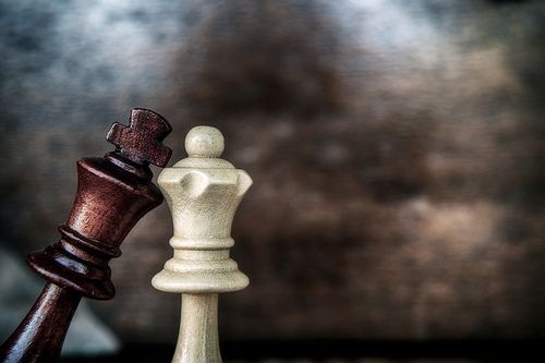Just When You Are About To Win Chess King And Queen Queen Wallpaper King And Queen Wallpaper Chess hd wallpaper download