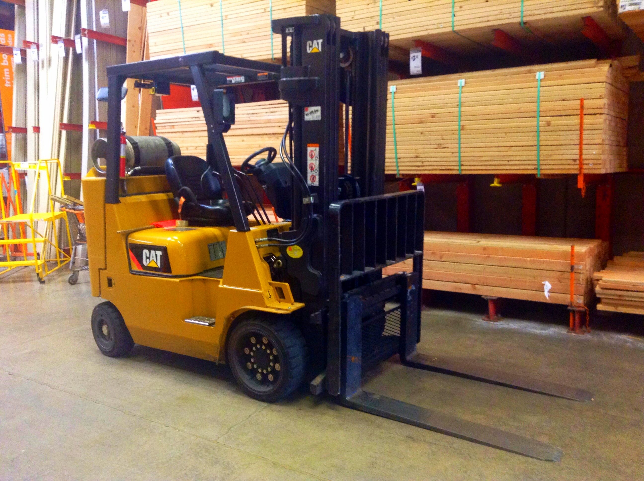 Complete Forklift Training And Get Certification At The Best