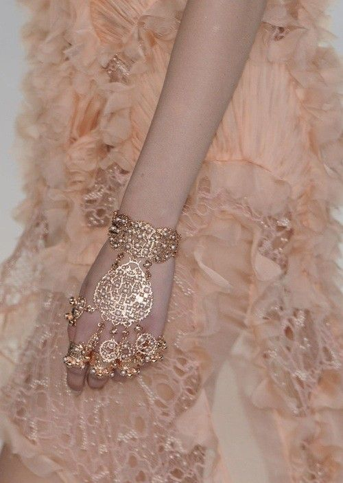 Alexander McQueen, Spring 2012. #hindi sad diamonds