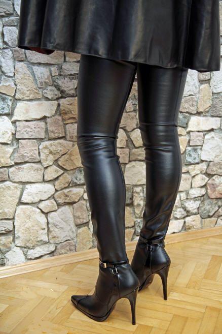 fashion unlimited high heels overknee stiefel pumps und sandaletten bis thigh high. Black Bedroom Furniture Sets. Home Design Ideas