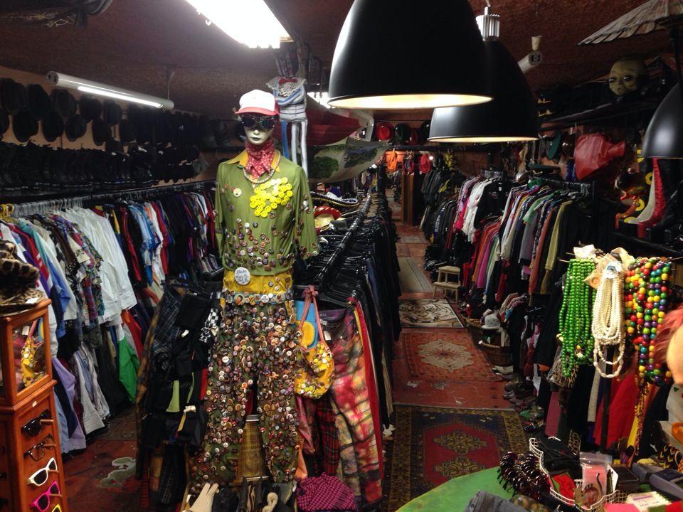 Jajcica Ilyen Olyan Ruhak Is Vintage Clothes Shop Shopping Outfit Clothes